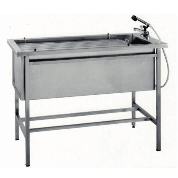 Veterinary preparation table with bars