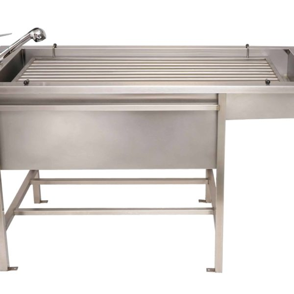 Veterinary preparation table