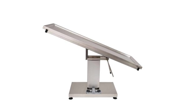 Veterinary surgery table with tray 2 evacuations for animal