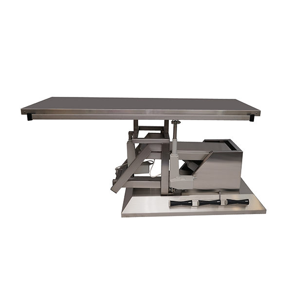 Surgery table with 3-way tilt and flat top