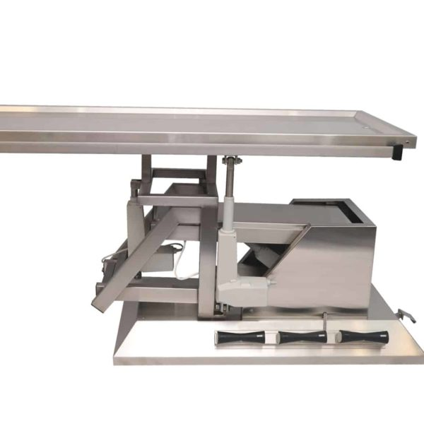 Surgery table top 2 evacuations with wheels and 3rd direction inclination